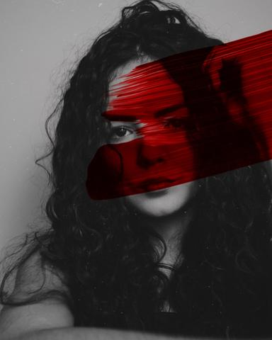 Woman with a red trace